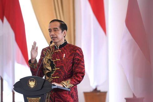 Makna di Balik Desain Kemeja Cheongsam Jokowi di Perayaan Imlek 2021