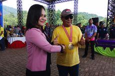 Traktir 24.000 Warga Makan Durian, Gubernur Kalsel Pecahkan 2 Rekor