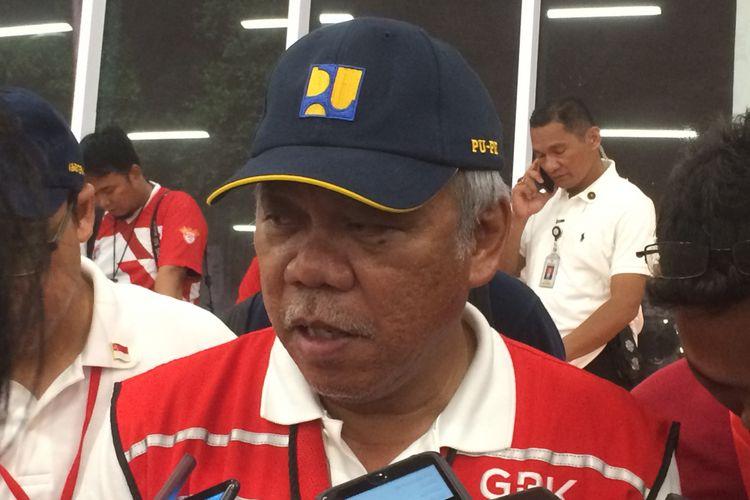 Menteri Pekerjaan Umum dan Perumahan Rakyat (PUPR) Basuki Hadimuljono usai peresmian Stadion Utama GBK di Jakarta, Minggu (13/1/2018).