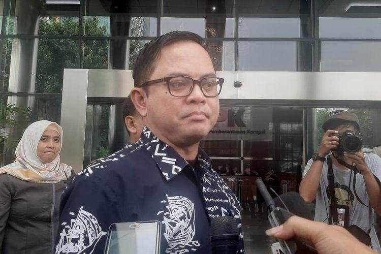 Komisioner KPU Viryan Azis memenuhi panggilan penyidik KPK untuk diperiksa sebagai saksi kasus suap di Gedung Merah Putih KPK, Selasa (28/1/2020).