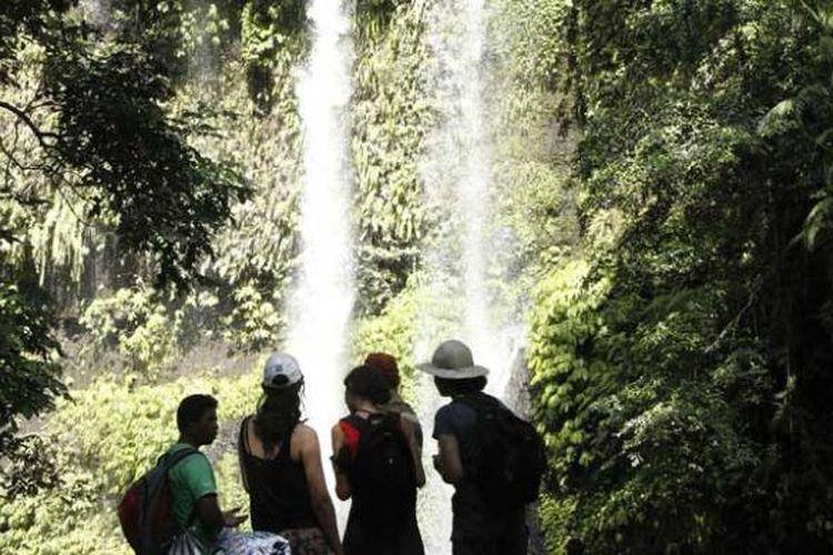 Air Terjun Sendang Gile di Kabupaten Lombok Utara, Nusa Tenggara Barat.