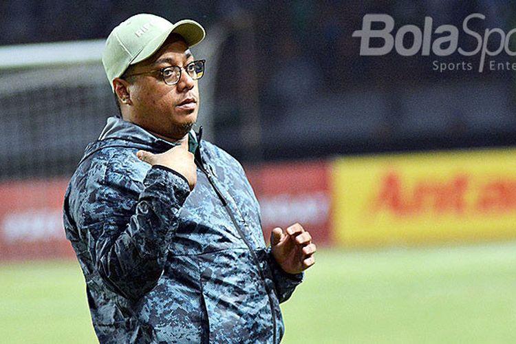 Manajer Persebaya Chairul Basalamah saat menghadiri laga Blessing Game antara Persebaya kontra Serawak FA, Minggu (18/3/2018) di Gelora Bung Tomo Surabaya.