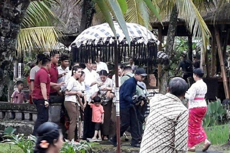 Presiden Jokowi dan Jan Ethes makan siang di kawasan Ubud.