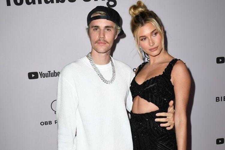Pasangan artis Justin Bieber dan Hailey Bieber menghadiri peluncuran video seri dokumenter Justin Bieber: Seasons yang dirilis YouTube Originals di Regency Bruin Theatre, Los Angeles, California, pada 27 Januari 2020.