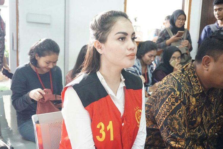 Artis Jennifer Dunn saat menjalani sidang tuntutan di Pengadilan Negeri Jakarta Selatan, Kamis (24/5/2018).