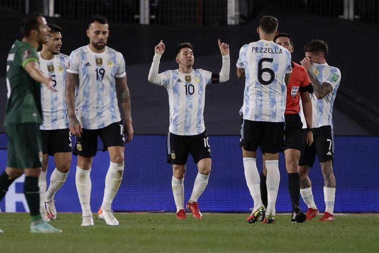 Kapten Argentina Lionel Messi merayakan gol kontra Bolivia pada laga Kualifikasi Piala Dunia 2022 zona CONMEBOL di Stadion Monumental, Buenos Aires, pada Jumat 10 September 2021 pagi hari WIB.