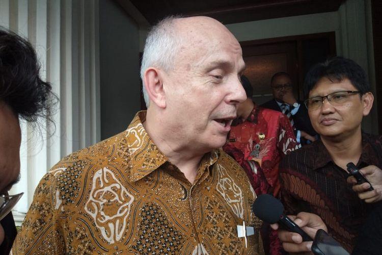 Duta Besar Amerika Serikat untuk Indonesia JosephR Donovan Jr seusai menemui Menteri Koordinator Bidang Politik, Hukum dan Keamanan Mahfud MDdi Kantor Kemenko Polhukam, Jalan Medan Merdeka Barat, Jakarta Pusat, Jumat (24/1/2020).