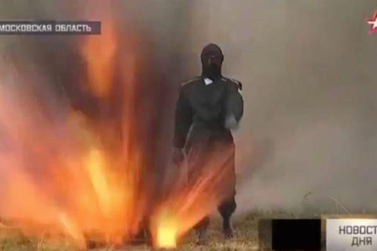 Inilah pakaian Superman yang dikembangkan militer Rusia untuk melindungi tentaranya di medan perang.