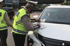 Dalam Satu Jam, Polisi Tilang 9 Mobil Pelanggar Ganjil Genap di Jalan RS Fatmawati