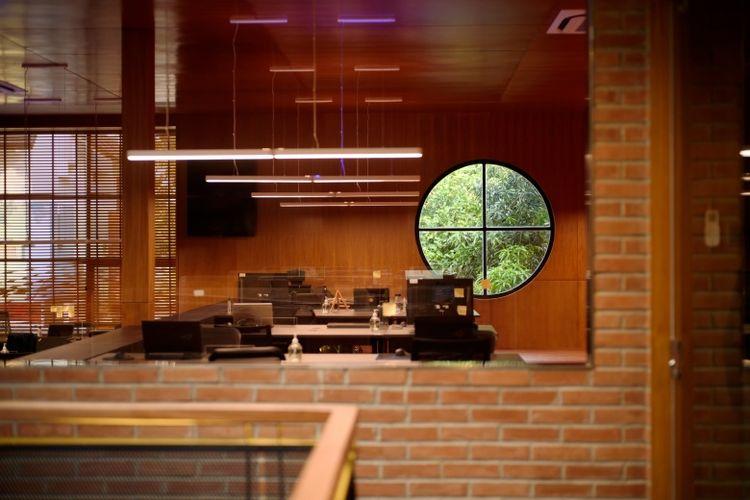 Interior perkantoran perlu menyesuaikan diri dengan kondisi pandemi agar karyawan dan tamu perusahaan tetap aman dari risiko penularan virus corona