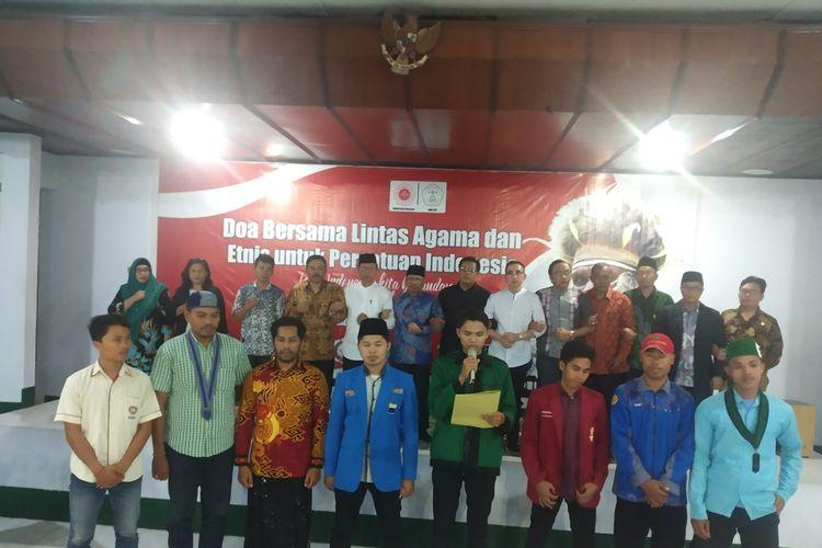 Suasana Doa Bersama Lintas Agama Etnis Untuk Persatuan Indonesia Mahasiswa se NTB