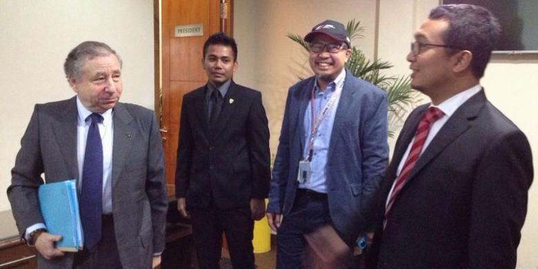 Presiden FIA Jean Todt saat berkunjung ke kantor IMI di Jakarta, medio Februari 2016. Jean Todt bertemu ketua IMI Sadikin Aksa dan beberapa perwakilan media untuk kampanye road safety.
