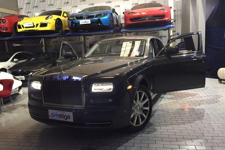 Rolls Royce Phantom Metropilitan cuma ada satu unit di Indonesia.