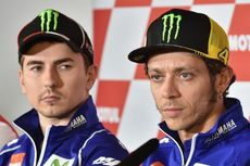 Lorenzo Sebut Dia dan Rossi Ibarat Ayam Jantan dalam Satu Kandang