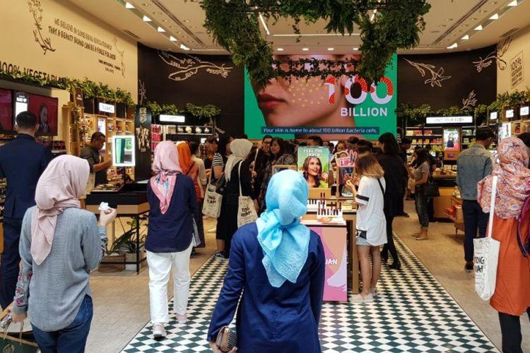Gerai terbesar The Body Shop di Indonesia, Mal Paris Van Java, Bandung, Jawa Barat.