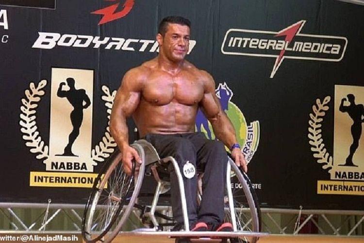 Atlet Paralimpiade asal Iran, Reza Tabrizi, dalam salah satu kejuaraan. Dia terancam mendapatkan hukuman mati setelah mengkritik mengapa masjid boleh buka saat Covid-19, namun di sisi lain gym ditutup.