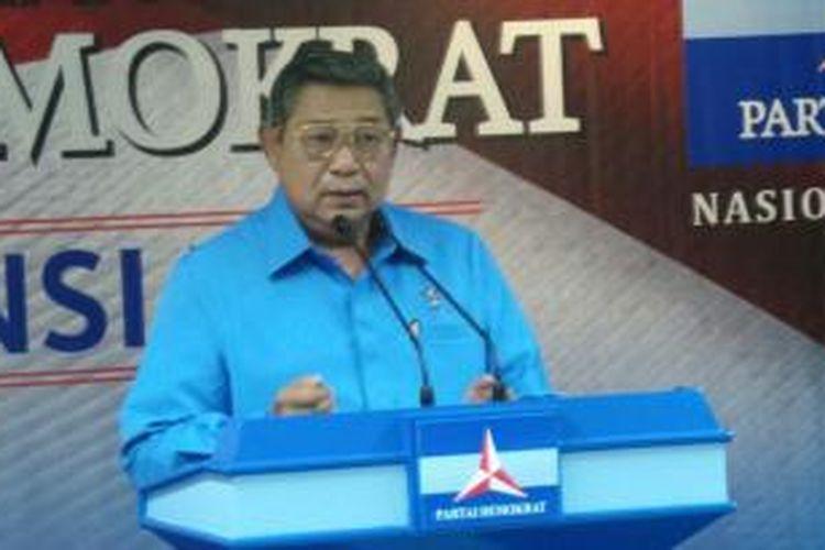 Ketua Majelis Tinggi Partai Demokrat Susilo Bambang Yudhoyono memberikan pidato dalam acara pengumuman pemenang Konvensi Calon Presiden Partai Demokrat di kantor DPP Partai Demokrat, Jumat (16/5/2014).