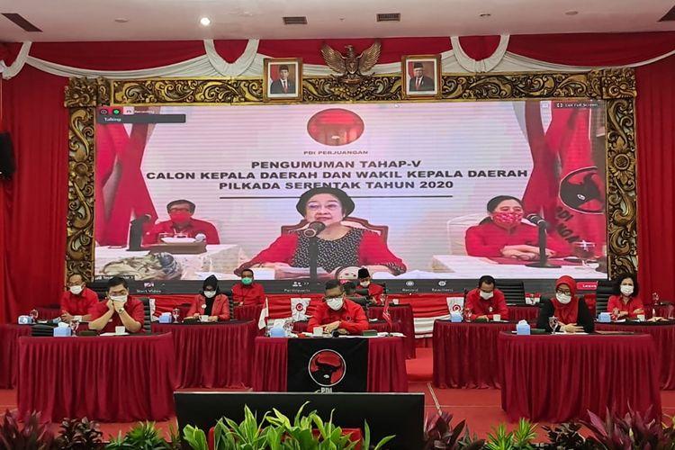 Ketua Umum DPP PDI Perjuangan, Megawati Soekarnoputri, memberikan pengarahan kepada pasangan calon Pilkada 2020, Rabu (2/9/2020).