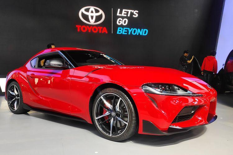 Supra berkelir merah tampil di panggung utama Toyota di GIIAS 2019, BSD, Tangerang, Kamis (18/7/2019).
