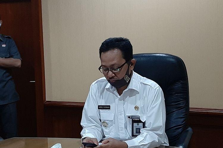 Wakil Walikota Yogyakarta, sekaligus ketua harian gugus tugas penanganan covid 19 Kota Yogyakarta Heroe Poerwadi saat jumpa pers.