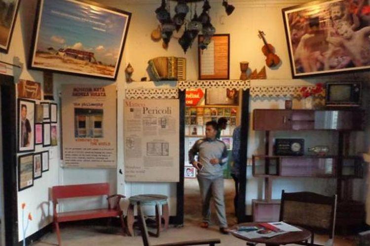 Museum Kata Andrea Hirata di Desa Lenggang, Gantong, Belitung Timur, Provinsi Bangka Belitung.