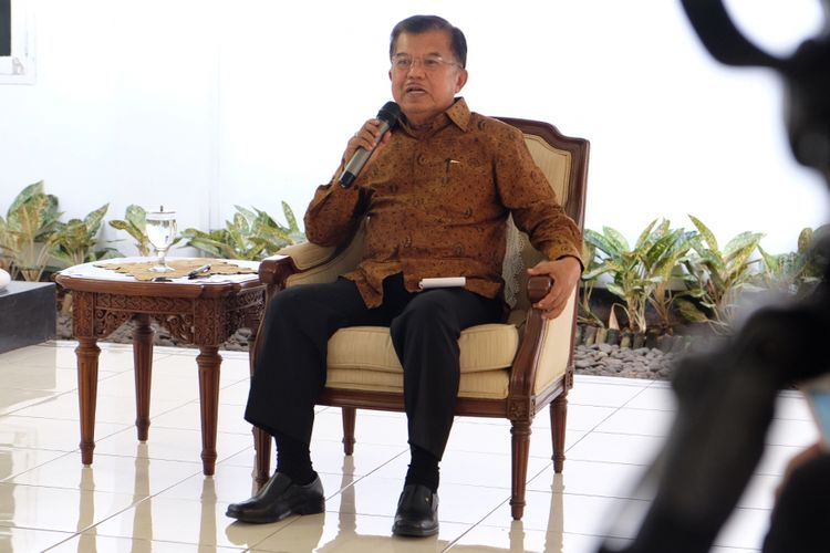 Wakil Presiden RI, Jusuf Kalla Ketika Memberikan Keterangan Pers di Rumah Dinas Wakil Kepresidenan RI, Jakarta, Selasa (23/5/2017).