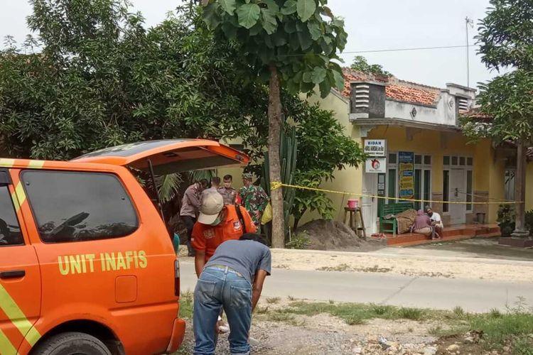 Seorang warga Desa Tambakselo, Kecamatan Wirosari, Kabupaten Grobogan, Jawa Tengah meninggal dunia saat hendak periksa ke tempat bidan desa setempat, Sabtu (25/4/2020).