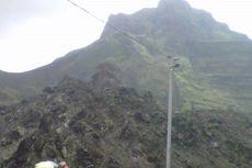 Kabut Turun, Panel Tenaga Surya di Gunung Kelud Ditambah