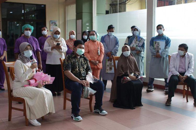 Ketua Gugus Tugas Percepatan Penanganan Covod-19 Batam yang juga Wali Kota Batam HM Rudi mengatakan ada empat pasien yang dinyatakan sembuh saat ini. Bahkan dari keempatnya, salah satunya merupakan ibu hamil.