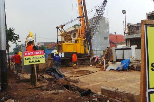 Pemilik Usaha Merugi Akibat Pengerjaan Sodetan Ciliwung di Otista