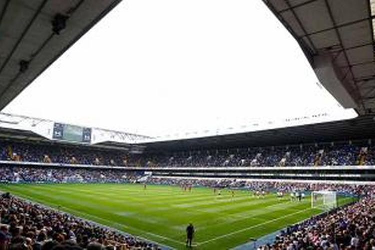 Markas Tottenham Hotspur, White Hart Lane.