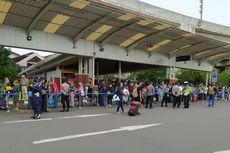 Mengular Lagi, Antrean Layanan Rapid Test Antigen di Terminal 2 Bandara Soekarno-Hatta