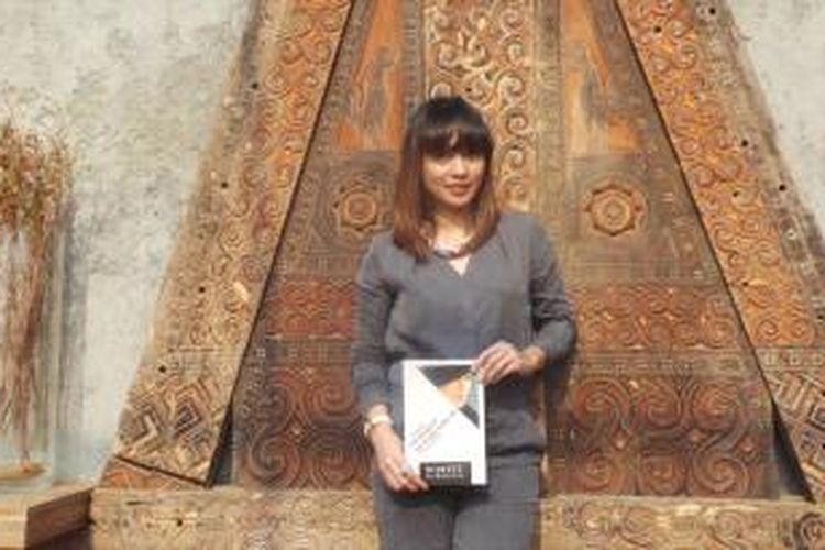 Mantan Wakil Ketua Komisi IX DPR RI, Nova Riyanti Yusuf menulis buku tentang kesehatan jiwa berjudul