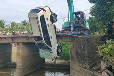 Pajero Tabrak Jembatan lalu Terjun ke Sungai, Suami dan 3 Anak Tewas, Istri Selamat