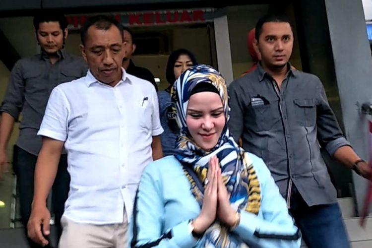 Angel Lelga saat ditemui di Polda Metro Jaya, Jakarta Selatan, Rabu (21/11/2018).