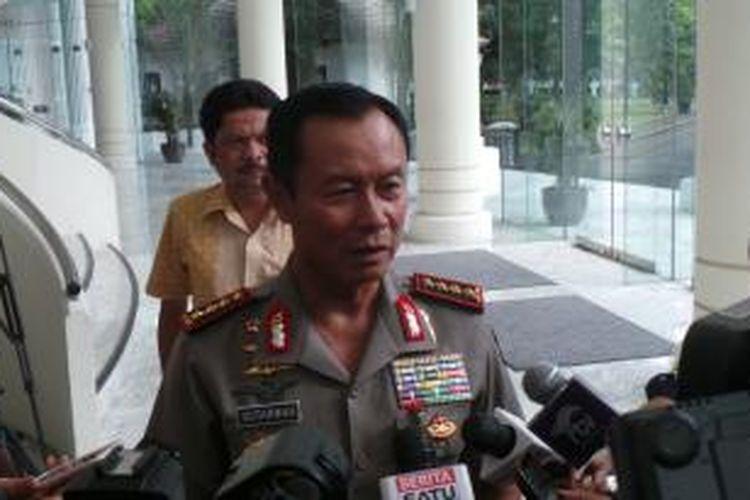 Kepala Kepolisian RI Jenderal (Pol) Sutarman seusai menemui Wakil Presiden Jusuf Kalla, Kamis (30/10/2014), di Kantor Wakil Presiden, Jakarta.