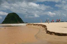Ini Tanggapan Perusahaan Tambang soal Pantai Pulau Merah yang Tercemar Lumpur