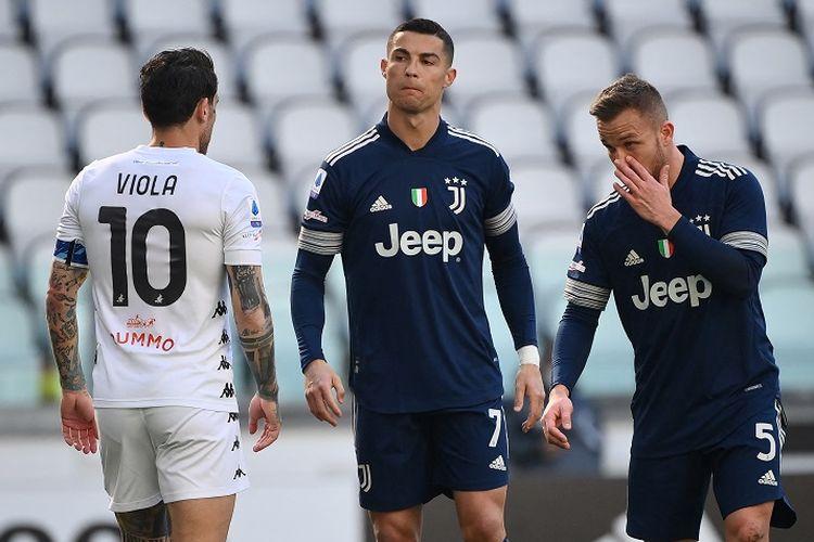 Bintang Juventus, Cristiano Ronaldo, pada laga lanjutan pekan ke-28 Liga Italia kontra Benevento yang berlangsung di Syadion Allianz, Minggu (21/3/2021) malam WIB.