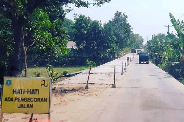 Pembangunan Jalan ruas Tanjung Lesung-Sumur dan ruas Picung-Munjul di wilayah Banten selatan.