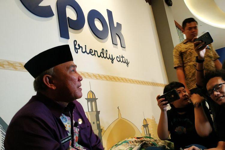 Wali Kota Depok, Mohammad Idris di Crisis Center Corona Balaikota Depok, Jawa Barat, Jumat (6/3/2020).