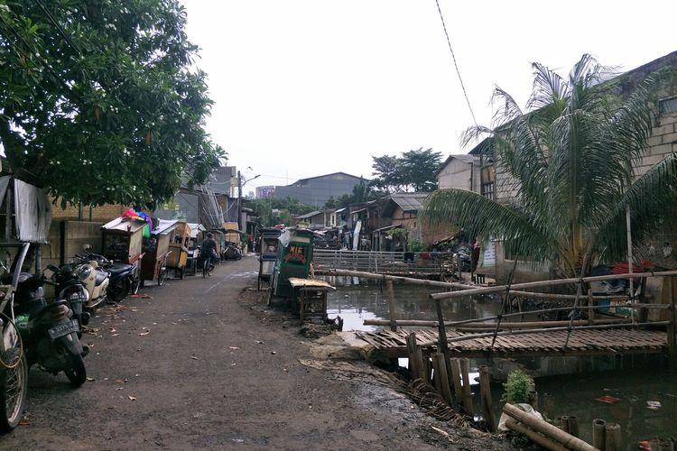 kondisi terkini pasca banjir di Pegangsaan Dua, Kelapa Gading, Jakarta Utara, Minggu (9/2/2020)