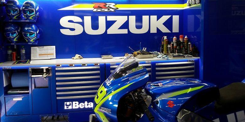 Paddock MotoGP Suzuki Esctar di Sirkuit Sepang, Malaysia, Jumat(27/10/2017)