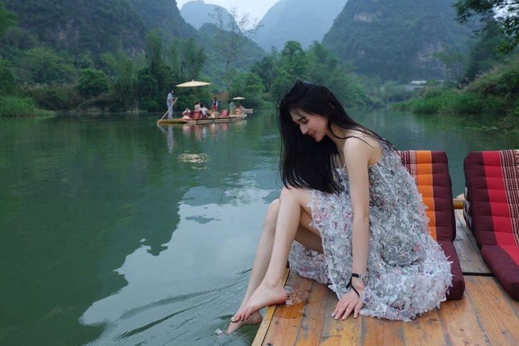 Xiao Ran (33) wanita influencer di China yang bermarga Dai, meninggal pada 13 Juli 2021 usai sedot lemak. Klinik yang melakukan bedah kosmetik tersebut dituduh malpraktik.