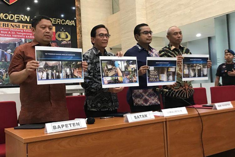 Direktur Tindak Pidana Tertentu Bareskrim Polri Brigjen (Pol) Agung Budijono saat konferensi pers di Gedung Bareskrim, Jakarta Selatan, Jumat (13/3/2020).