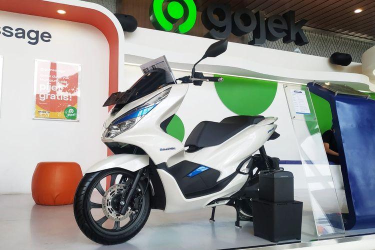 Honda PCX Electric mulai tes uji coba layanan GoRide