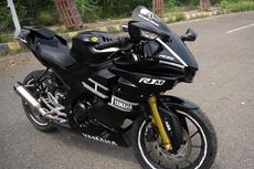 Yamaha All New R15 Korban Tabrakan Disulap Jadi R1M