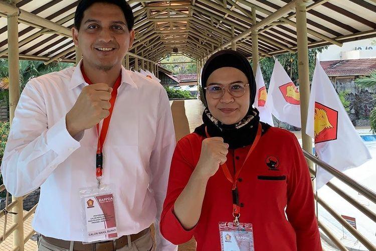 Lucky Hakim bersama Nina Agustin Dai Bachtiar saat di salah satu hotel di Bandung menerima surat rekomendasi dari Partai Gerindra.