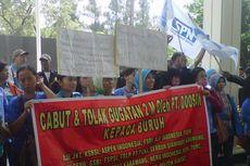 Hakim Diminta Batalkan Gugatan Rp 2 Miliar kepada Buruh