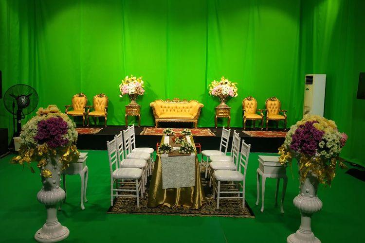 Suasana ruangan untuk virutal wedding.