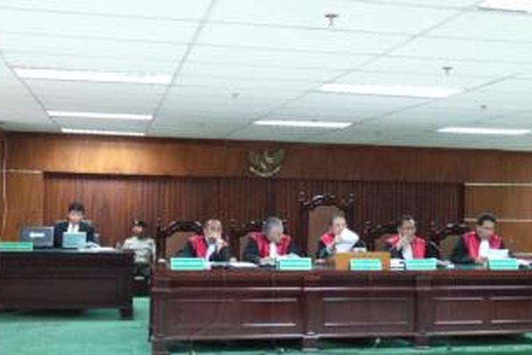 Sidang vonis kasus dugaan korupsi dan pencucian uang proyek simulator SIM dengan terdakwa mantan Kepala Korlantas Irjen Djoko Susilo, Selasa (3/9/2013), di Pengadilan Tipikor Jakarta, Kuningan, Jakarta Selatan.
